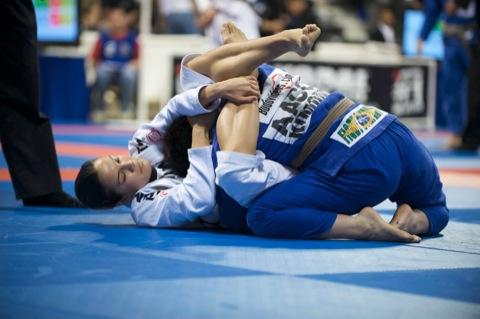 Kyra Gracie confirma presença no Inter Gracie de Jiu-Jitsu 2014, em São Paulo