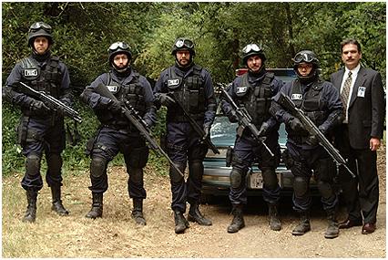 """Cena do filme """"SWAT"""", de 2003."""