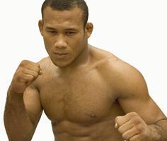 Vídeo: O treino quente de Ronaldo Jacaré e Warlley Alves, atletas do UFC