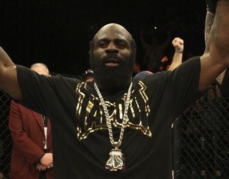 Kimbo estreou com vitória pelo UFC. Foto: Josh Hedges
