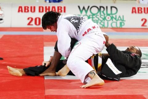 """Tarsis ensina finalização: """"Escondi meu jogo no Jiu-Jitsu por muito tempo"""""""