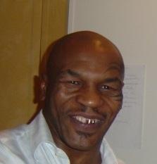 Há 25 anos, Mike Tyson entrava para a História