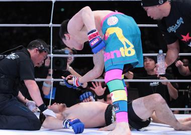 Momento da polêmica de Aoki. Foto: divulgação