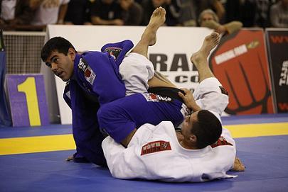 Peinado (por baixo) na final do Europeu contra Rodrigo Cavaca. Foto: Ivan Trindade
