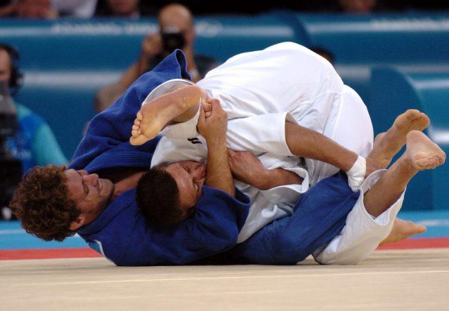 Jiu-Jitsu: A queda com estrangulamento de Flávio Canto em Travis Stevens no Mundial de Judô