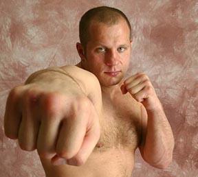 Os lances marcantes da carreira do astro Fedor Emelianenko no MMA