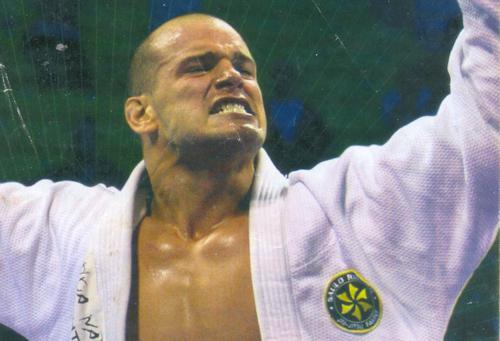 Vídeo: a pressão de Xande Ribeiro no Mundial de Jiu-Jitsu de 2007