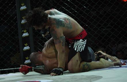 Lively night of fights at WOCS 8