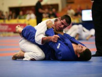 João Assis getting the finish in the gi