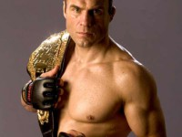 Rômulo Barral white belt faces Randy Couture
