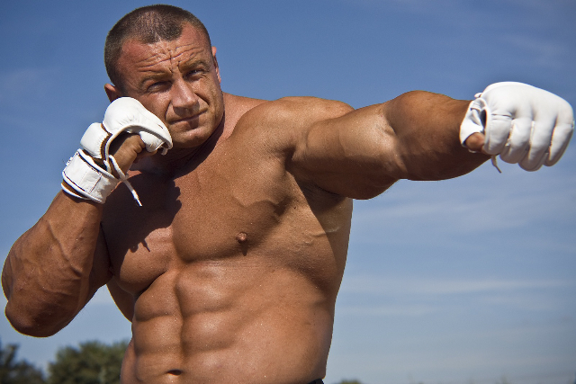 "Mariusz Pudzianowski: ""I'll show him how Polish girls hit"""