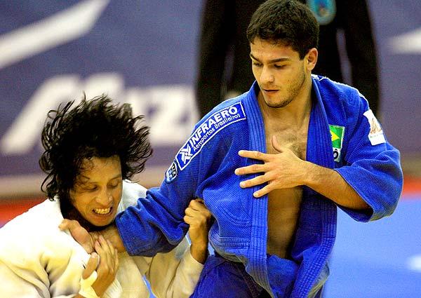 Leandro Guilheiro é prata no Mundial de Tóquio