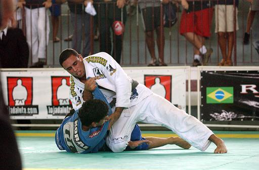 Jiu-Jitsu: Relembre a vitória do nosso GMI Alexandre Café sobre Marcelinho Garcia