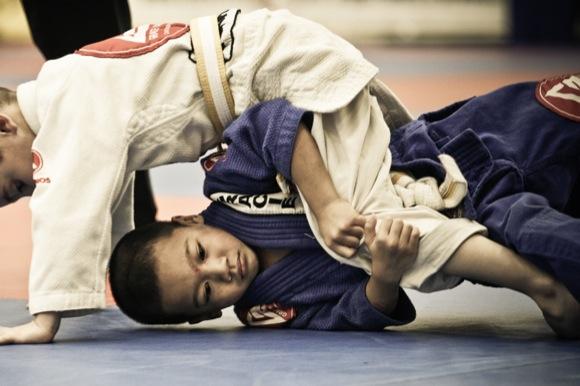 Convença seus amigos a fazer Jiu-Jitsu