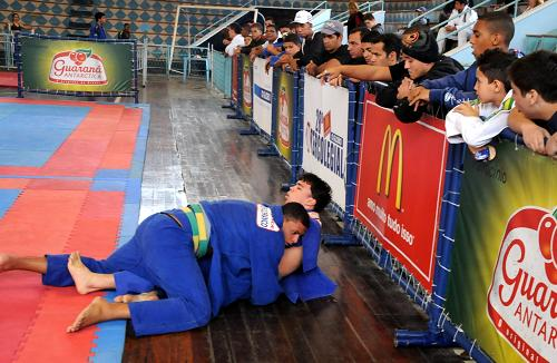 Jiu-Jitsu no Intercolegial: saiba como defender sua escola