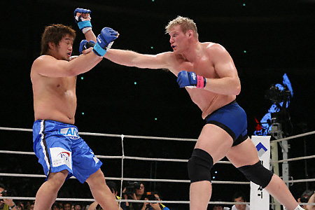 "Barnett in Strikeforce: ""I'm anxious for another world title"""