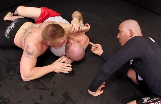Comprido treina Brock Lesnar: Foto: Divulgação