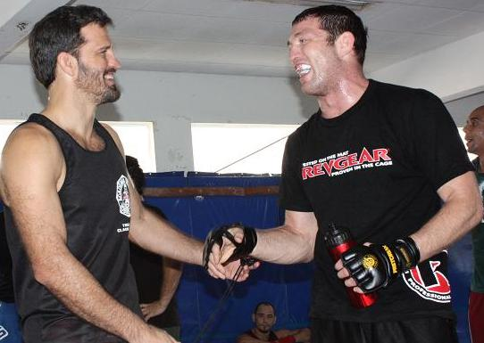 Jason Miller visits Bustamante and teaches choke hold