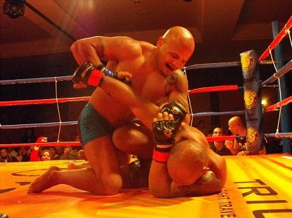 UFC 123: promotional first-timer on main card Falcão promises knockout