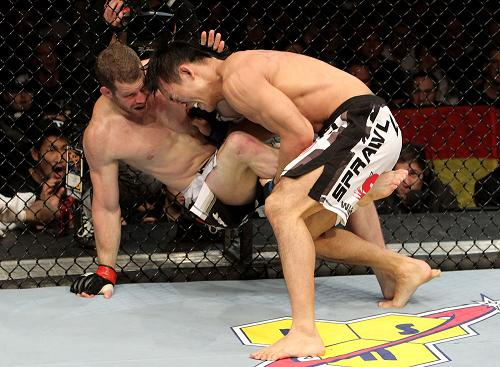UFC 122 results: Okami shines in Germany