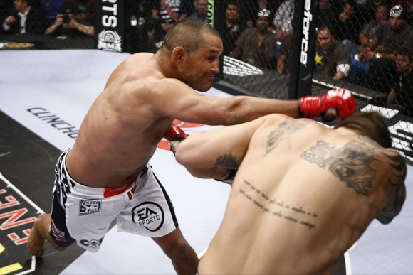 Henderson knocks out Babalu, should face Feijão in title fight