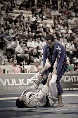 Estude o  legdrag e o estrangulamento no Jiu-Jitsu, com Pablo Silva no Atlanta Open