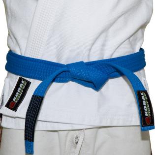 Você sabe amarrar sua faixa de Jiu-Jitsu?