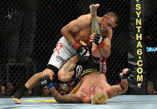 O Jiu-Jitsu que funciona no MMA: relembre Sotiropoulos x Lauzon no UFC