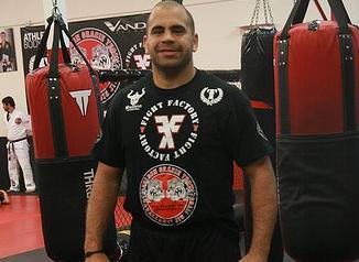 Veja como Rodrigo Artilheiro venceu Jeff Monson em superluta em evento do ADCC