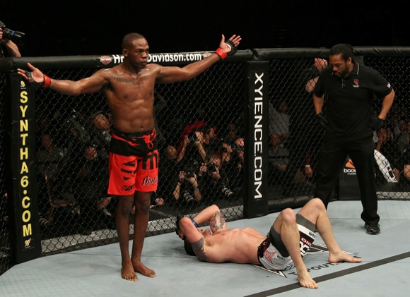 Newspaper sees Jones as MMA's Jordan, further pressure for Shogun
