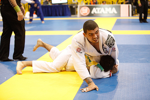 "Pan-American champion teaches ""never-before seen"" position"