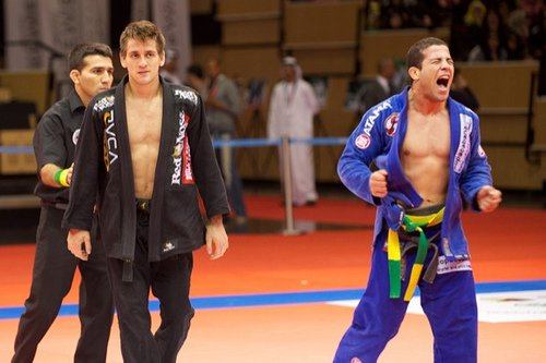 Tanquinho receives win with open arms