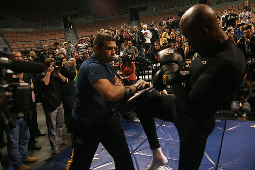 Check out Anderson Silva's seminar at Shaolin's academy