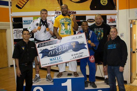 Bruno Bastos, Hermes França and Ben Henderson win gold in Arizona