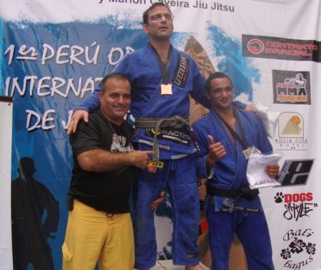 Surf and Jiu-Jitsu in Peru