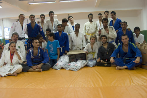 Visually-impaired Jiu-Jitsu players have end-of-the-year party