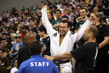 Marcelo Garcia wins fourth