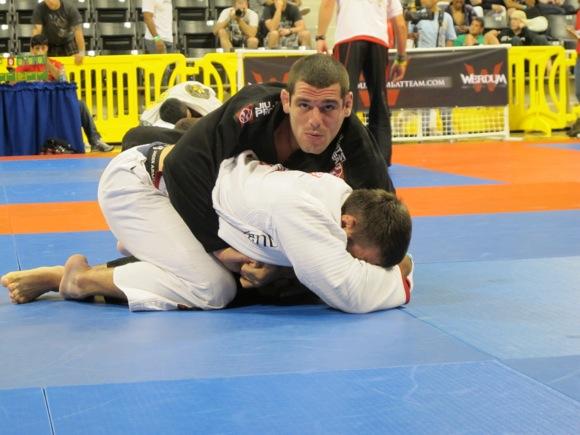 O Jiu-Jitsu explosivo de João Assis no Mundial Master