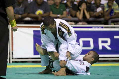 Rafa Mendes impedes Cobrinha from winning fifth by 2 advantages