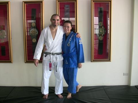 Jiu-Jitsu has a lady blue belt in the land of Muay Thai