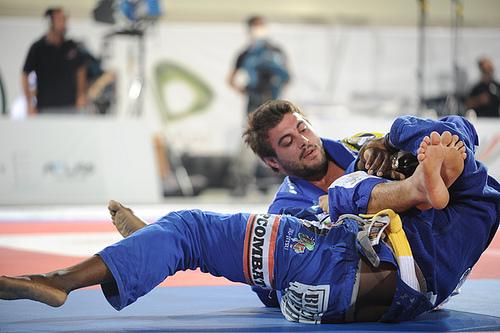 "Demente's training: ""Galvão puts on the gi, but Jacaré craves it"""