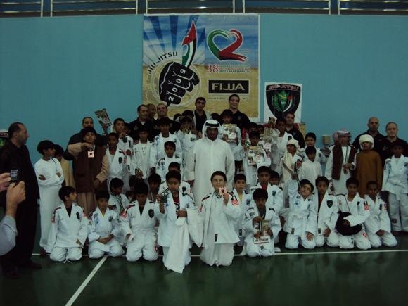 Jiu-Jitsu para criançada, com ritmo árabe