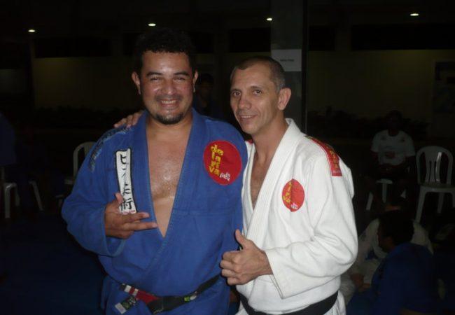Professor que perdeu braço em acidente luta o Brasileiro 2011