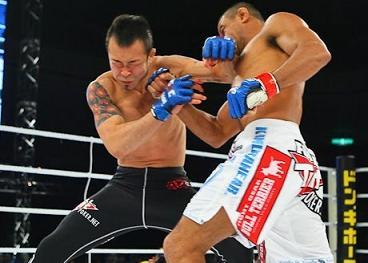 Marlon Sandro, a Jiu-Jitsu black belt knockout artist