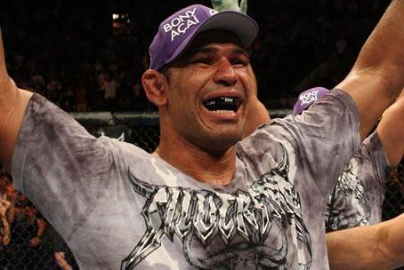 Minotauro's 40th: experience main weapon against Velasquez