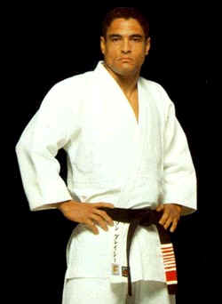 Learn from Rickson at Gracie Miami