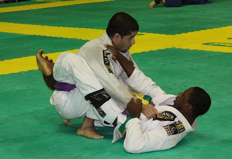 Brazilian Nationals: blue and purple belt absolute champions
