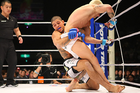Andre Galvao wins at Strikeforce