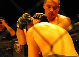 Vitor Miranda in muay thai superfight