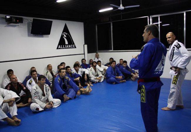 Master Jacaré received in Rio